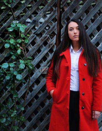 palton roșu de damă